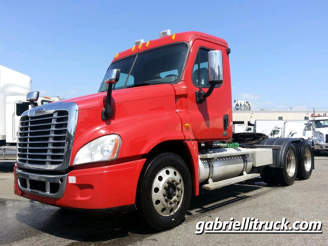 Tire Size Speed Calculator >> 2009 Freightliner Cascadia (For Sale) | Non Sleeper | #U2167