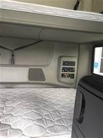 2016 International ProStar+ 6X4 - Semi Truck
