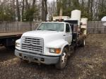 1999 Ford F800==