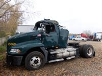 2011 Mack CXU612