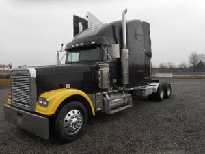 2003 Freightliner Classic XL - Tractor