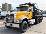 2015 Mack GU713 - Dump Truck