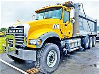 2020 Mack GR64F