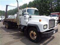 2000 Mack RD690S