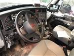 2020 Kenworth T880 - Rear Loader