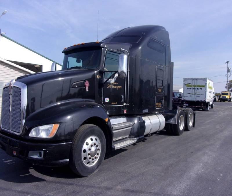 2012 Kenworth T660 Semi Truck