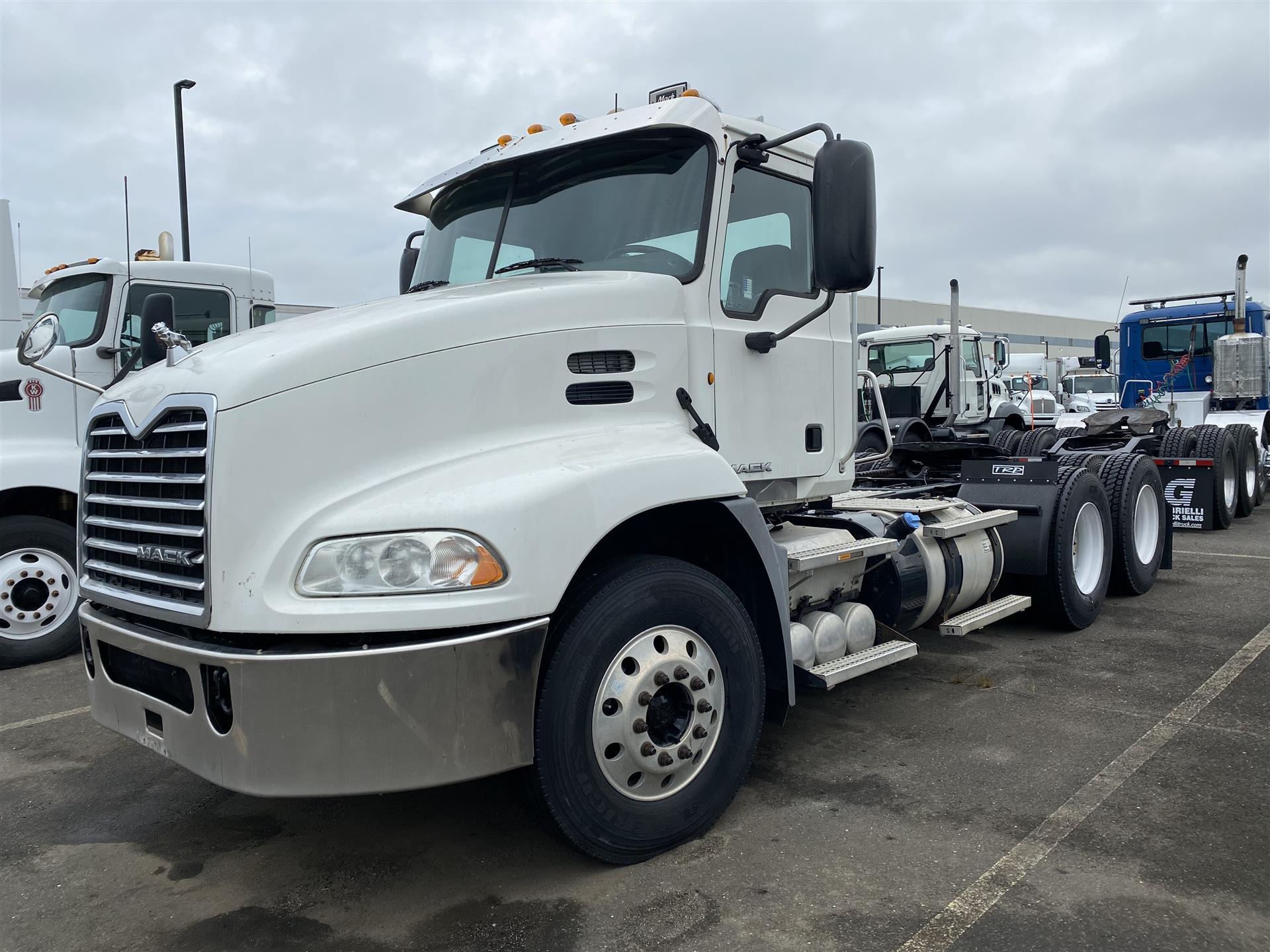 Gabrielli Truck Sales >> 2013 Mack CXU613 | Semi Truck (With Photos) | #UJ-3051