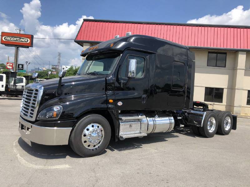 2019 Freightliner Cascadia CA125 | Semi Truck (With Photos) | #KDKR7652