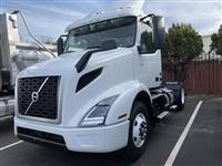 2020 Volvo VNR42T300