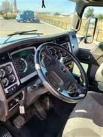 2015 Kenworth T660 - Sleeper Truck