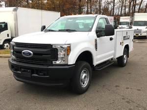 2019 Ford F250 Regular Cab 4x4 - Service Truck