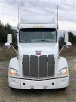 2018 Peterbilt 579 - Sleeper Truck