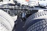 2015 Mack Pinnacle CXU613 - Sleeper Truck