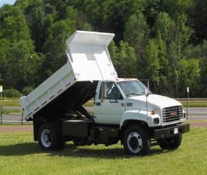 2004 Chevrolet C7500 - Dump Trucks