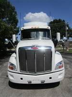 2018 Peterbilt 579 - Semi Truck