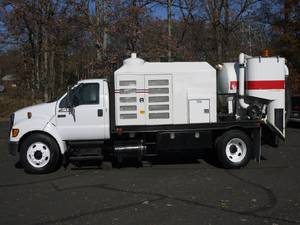 2005 Ford F650SD - Vocational