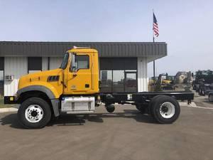 2020 Mack Granite 42FR MH - Snow Plow Truck