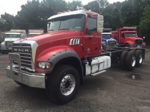 2021 Mack GR64F - Dump Truck