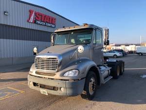2007 Freightliner Columbia - Day Cab