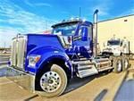 2021 Kenworth W990 - Semi Truck