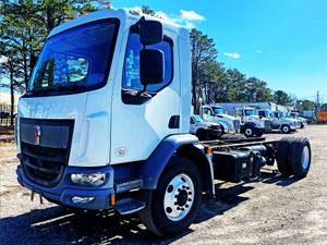 2016 Kenworth K370 - Cab & Chassis