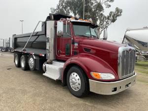 2013 Peterbilt 384 - Dump Truck