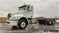 2007 Freightliner COLUMBIA CL112 CAMION FOURGON