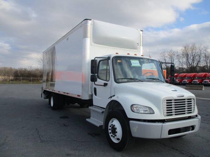 2018 Freightliner M2 Day Cab