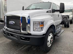 2019 Ford F750 Crew Cab - Cab & Chassis