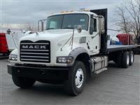 2015 Mack GU713