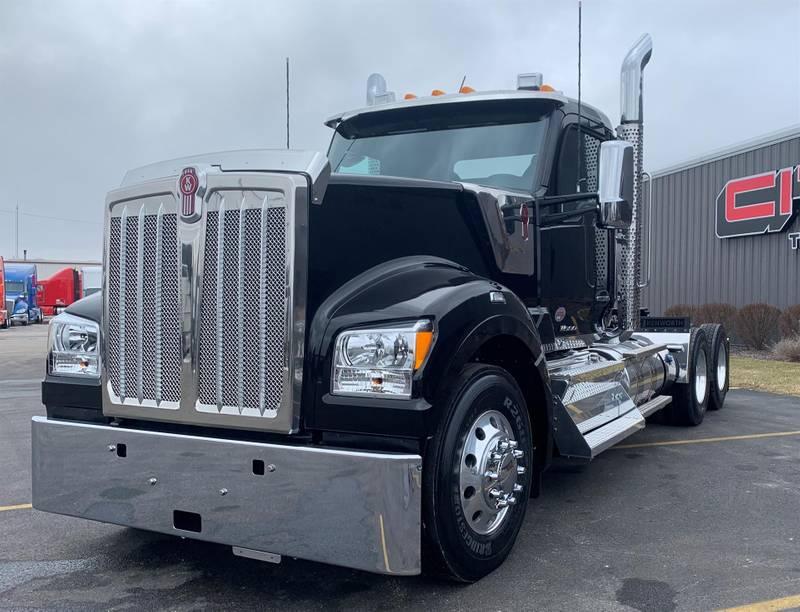 2021 Kenworth W990 For Sale Semi Truck 16965 1