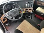 2021 Freightliner CA126DC - Daycab