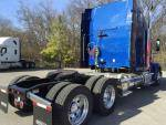 2021 Freightliner 122SD - Semi Truck