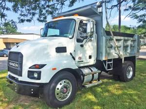 2021 Mack MD742 - Cab & Chassis
