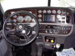 2015 Peterbilt 389 - Semi Truck