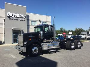 2020 Western Star CONVENTIONAL - Day Cab