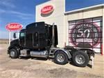 2011 Peterbilt 384 - Semi Truck