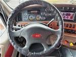 2013 Peterbilt 587 - Semi Truck