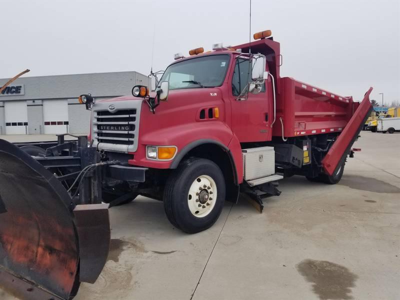 2007 Sterling L8511 Plow Truck