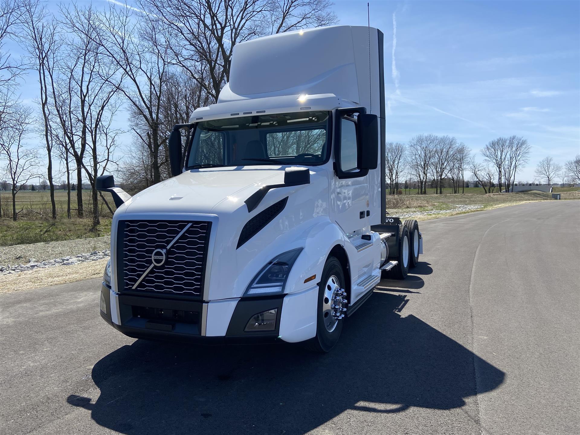 2021 Volvo VNL64T300 (For Sale) | Semi Truck | #VP21013