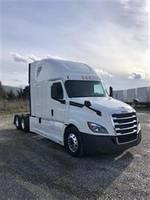 2019 Freightliner Cascadia - Sleeper Truck