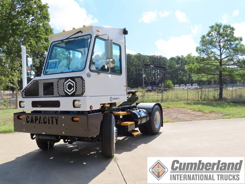 2019 Capacity TJ5000 DOT Yard Spotter