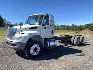 2019 International 4400 - Cab & Chassis