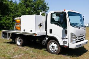 2019 Isuzu NPRHD EFI - Landscape Truck