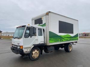 1992 Mitsubishi FK - Box Van