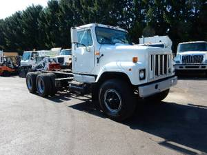 1999 International 2574 - Cab & Chassis