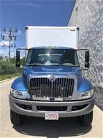 2016 International DURASTAR 4300 - Box Van