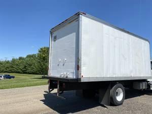 2013 US Truck Body 20' VAN BODY - Dry Van