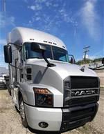 2020 Mack AN64T - Sleeper Truck