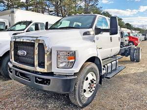 2021 Ford F750 Crew Cab - Cab & Chassis
